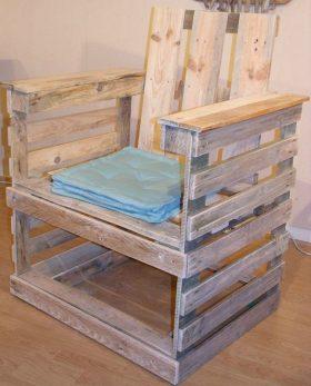chaise ou fauteuil en palette