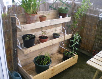 étagère jardinière en palette