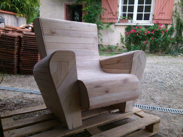 recyclage palette en fauteuil
