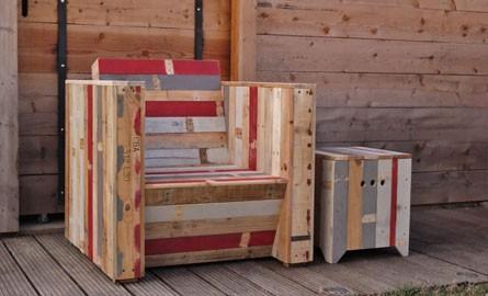 table de cuisine en palette revtement de sol en bois de palettes pour le jardin ides pour vous. Black Bedroom Furniture Sets. Home Design Ideas