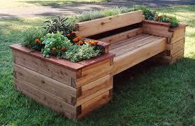 banc végétal en bois de palette