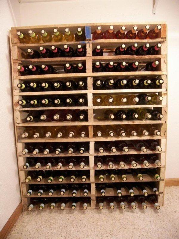 cave a vin fabriqué en palette
