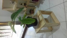 tabouret en bois de palette pour plante